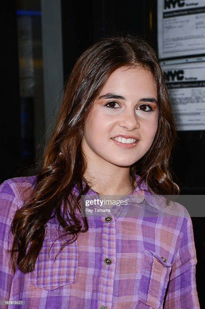 Singer Carly Rose Sonenclar leaves the 'Good Day New York' taping at the Fox 5 Studios on April 30, 2013 in New York City.