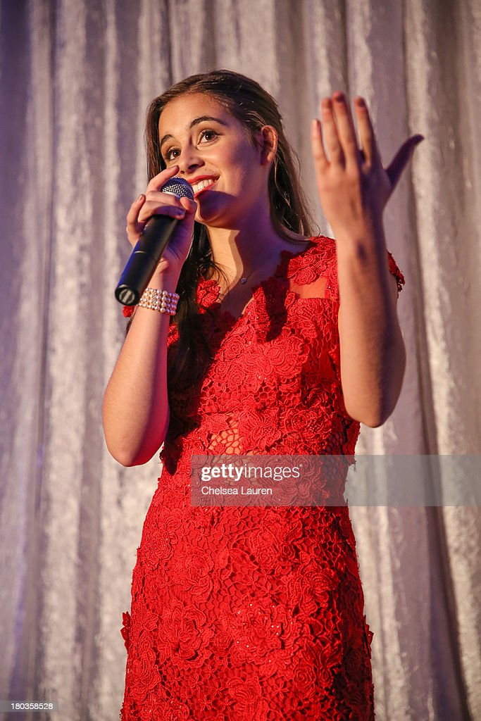Singer <a gi-track='captionPersonalityLinkClicked' href=/galleries/search?phrase=Carly+Rose+Sonenclar&family=editorial&specificpeople=5460554 ng-click='$event.stopPropagation()'>Carly Rose Sonenclar</a> performs at the 6th annual SELF Magazine's Women Doing Good Awards at Apella on September 11, 2013 in New York City.