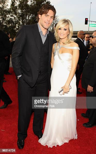 Singer Carrie Underwood and hockey player Mike Fisher arrive at the 52nd Annual GRAMMY Awards held at Staples Center on January 31 2010 in Los...