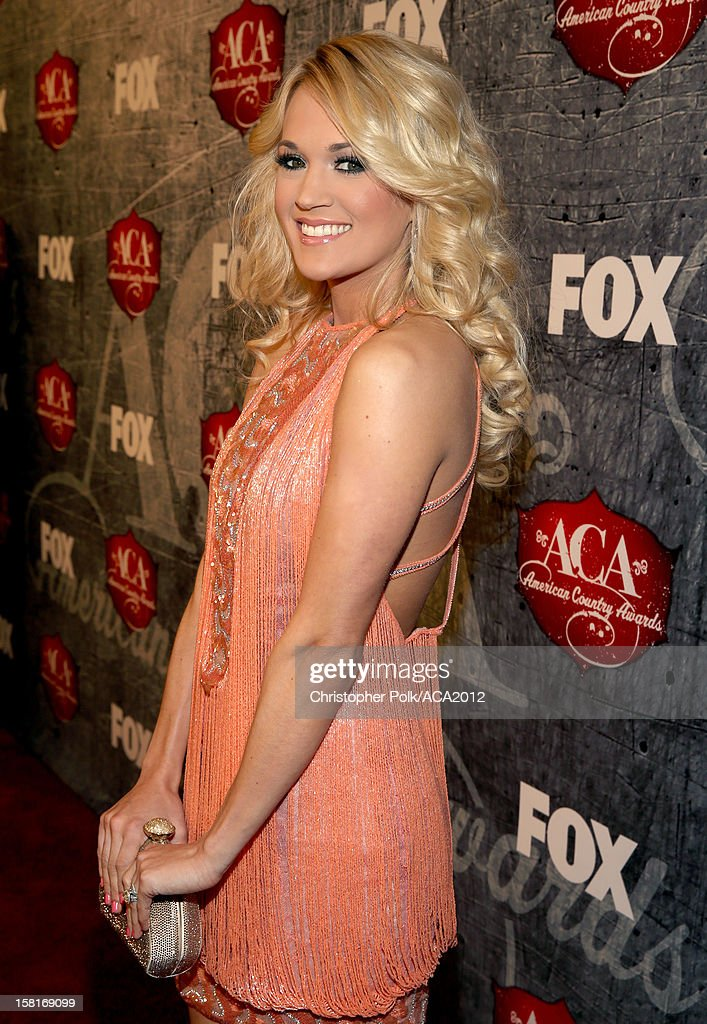 Singer Carrie Underwood arrives at the 2012 American Country Awards at the Mandalay Bay Events Center on December 10, 2012 in Las Vegas, Nevada.