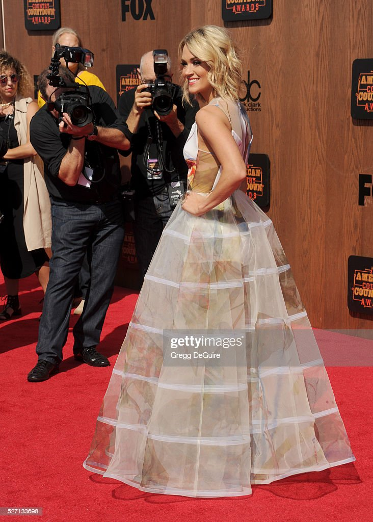 Singer <a gi-track='captionPersonalityLinkClicked' href=/galleries/search?phrase=Carrie+Underwood&family=editorial&specificpeople=204483 ng-click='$event.stopPropagation()'>Carrie Underwood</a> arrives at the 2016 American Country Countdown Awards at The Forum on May 1, 2016 in Inglewood, California.