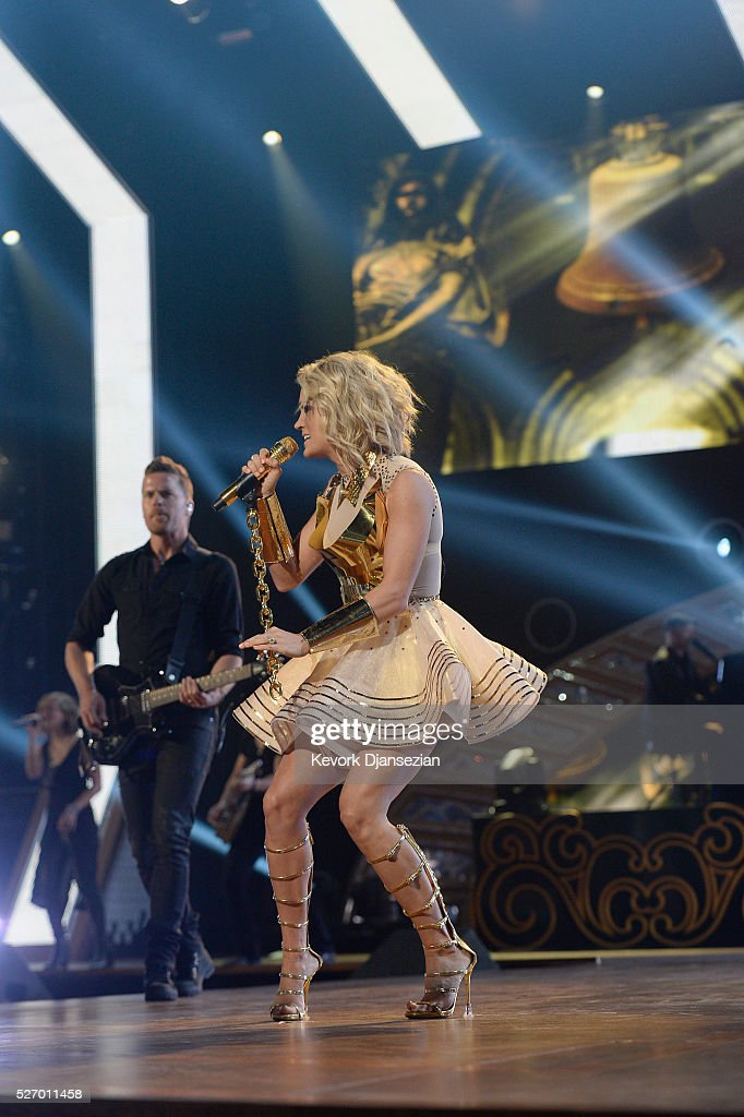 Singer <a gi-track='captionPersonalityLinkClicked' href=/galleries/search?phrase=Carrie+Underwood&family=editorial&specificpeople=204483 ng-click='$event.stopPropagation()'>Carrie Underwood</a> performs onstage during the 2016 American Country Countdown Awards at The Forum on May 1, 2016 in Inglewood, California.