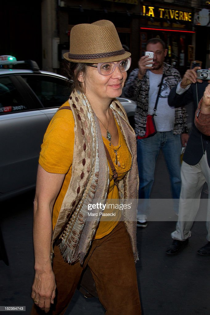 Singer <a gi-track='captionPersonalityLinkClicked' href=/galleries/search?phrase=Catherine+Ringer&family=editorial&specificpeople=4399910 ng-click='$event.stopPropagation()'>Catherine Ringer</a> arrives at L'Olympia on September 19, 2012 in Paris, France.