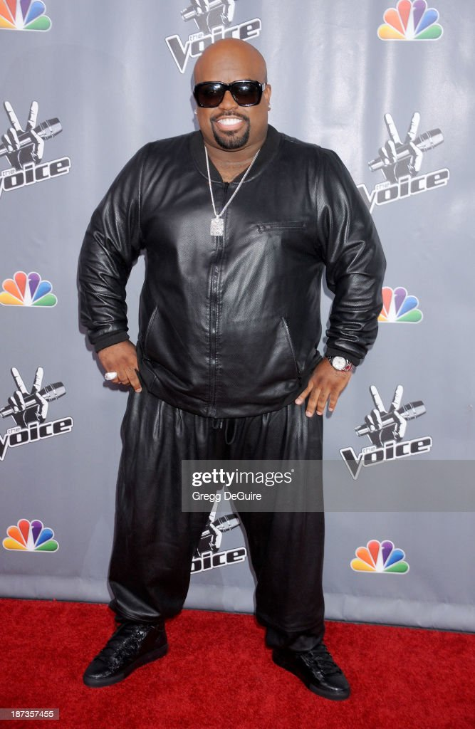 """""""The Voice"""" Season 5 Top 12 Red Carpet Event"""