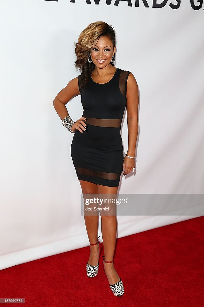 Singer <a gi-track='captionPersonalityLinkClicked' href=/galleries/search?phrase=Chante+Moore&family=editorial&specificpeople=2260137 ng-click='$event.stopPropagation()'>Chante Moore</a> attends the 2013 Los Angeles Police Department South Los Angeles PAAL Awards Gala at Peterson Automotive Museum on November 13, 2013 in Los Angeles, California.