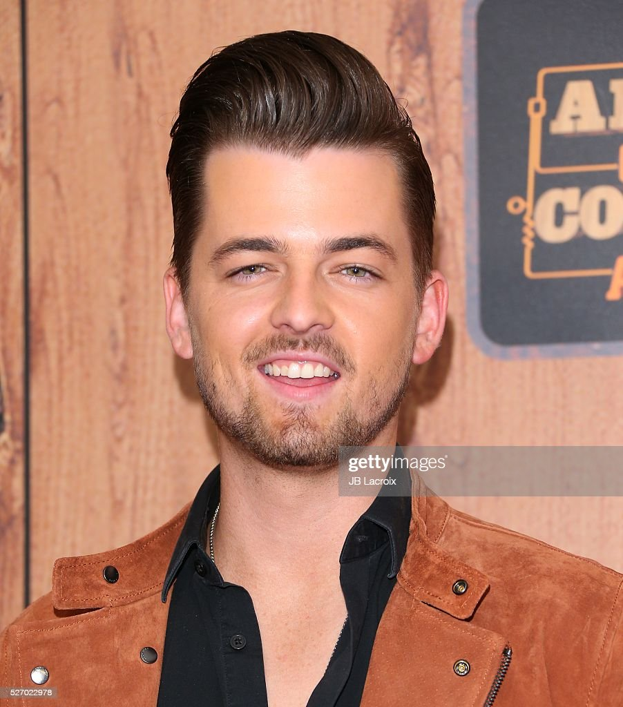 Singer <a gi-track='captionPersonalityLinkClicked' href=/galleries/search?phrase=Chase+Bryant&family=editorial&specificpeople=12882124 ng-click='$event.stopPropagation()'>Chase Bryant</a> in the press room during the 2016 American Country Countdown Awards at The Forum on May 1, 2016 in Inglewood, California.