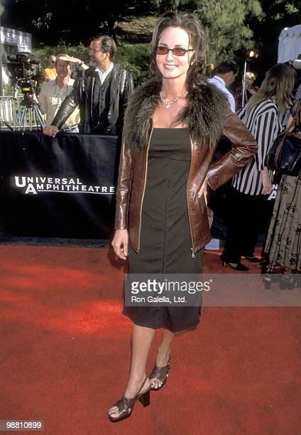 Singer Chely Wright attends the 33rd Annual Academy of Country Music Awards on April 22 1998 at Universal Amphitheatre in Universal City California