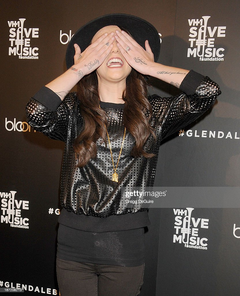 Singer <a gi-track='captionPersonalityLinkClicked' href=/galleries/search?phrase=Cher+Lloyd&family=editorial&specificpeople=7229738 ng-click='$event.stopPropagation()'>Cher Lloyd</a> arrives at the Bloomingdale's Glendale Opening Gala Celebration with VH1 Save The Music Foundation at Bloomingdale's Glendale on November 6, 2013 in Glendale, California.