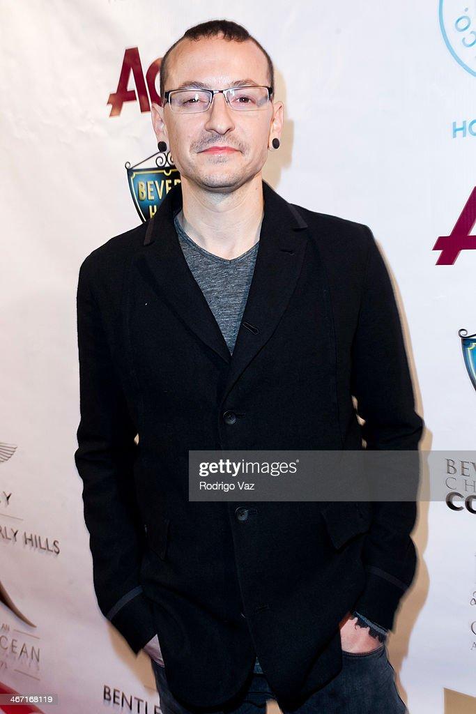 Singer Chester Bennington of Linkin Park attends the Beverly Hills Chamber of Commerce hosting