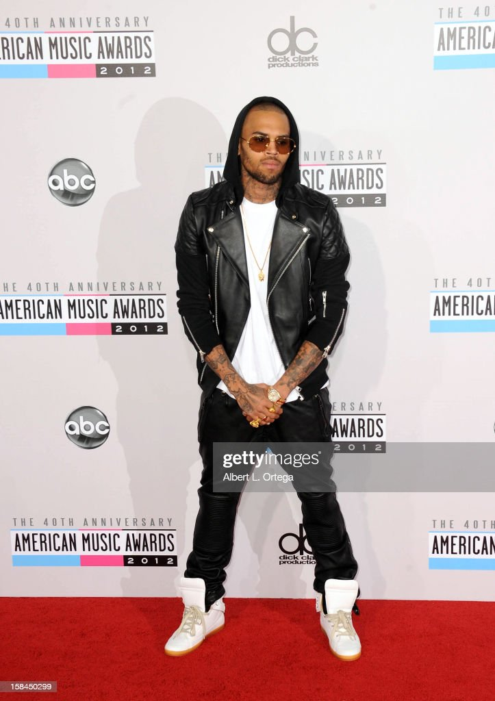 Singer Chris Brown arrives for the 40th Anniversary American Music Awards - Arrivals held at Nokia Theater L.A. Live on November 18, 2012 in Los Angeles, California.