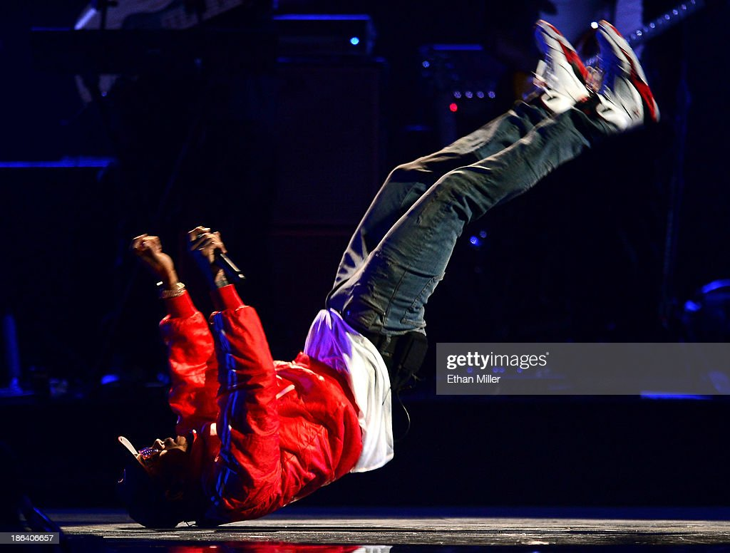 Singer Chris Brown performs during the iHeartRadio Music Festival at the MGM Grand Garden Arena on September 20 2013 in Las Vegas Nevada