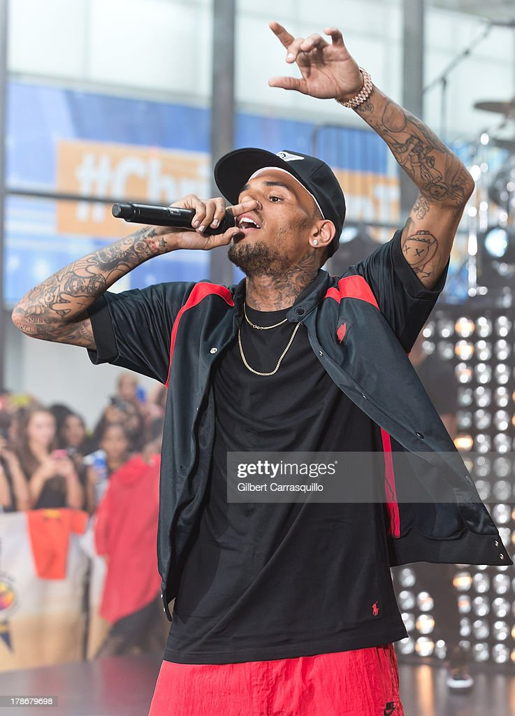 Singer Chris Brown performs on NBC's 'Today' on August 30, 2013 in New York, New York.