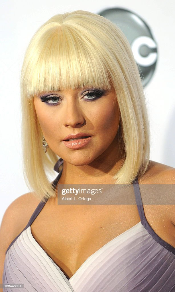 Singer Christina Aguilera arrives for the 40th Anniversary American Music Awards - Arrivals held at Nokia Theater L.A. Live on November 18, 2012 in Los Angeles, California.