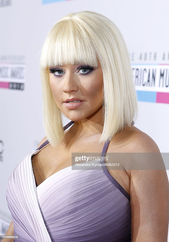 Singer <a gi-track='captionPersonalityLinkClicked' href=/galleries/search?phrase=Christina+Aguilera&family=editorial&specificpeople=171272 ng-click='$event.stopPropagation()'>Christina Aguilera</a> attends the 40th American Music Awards held at Nokia Theatre L.A. Live on November 18, 2012 in Los Angeles, California.