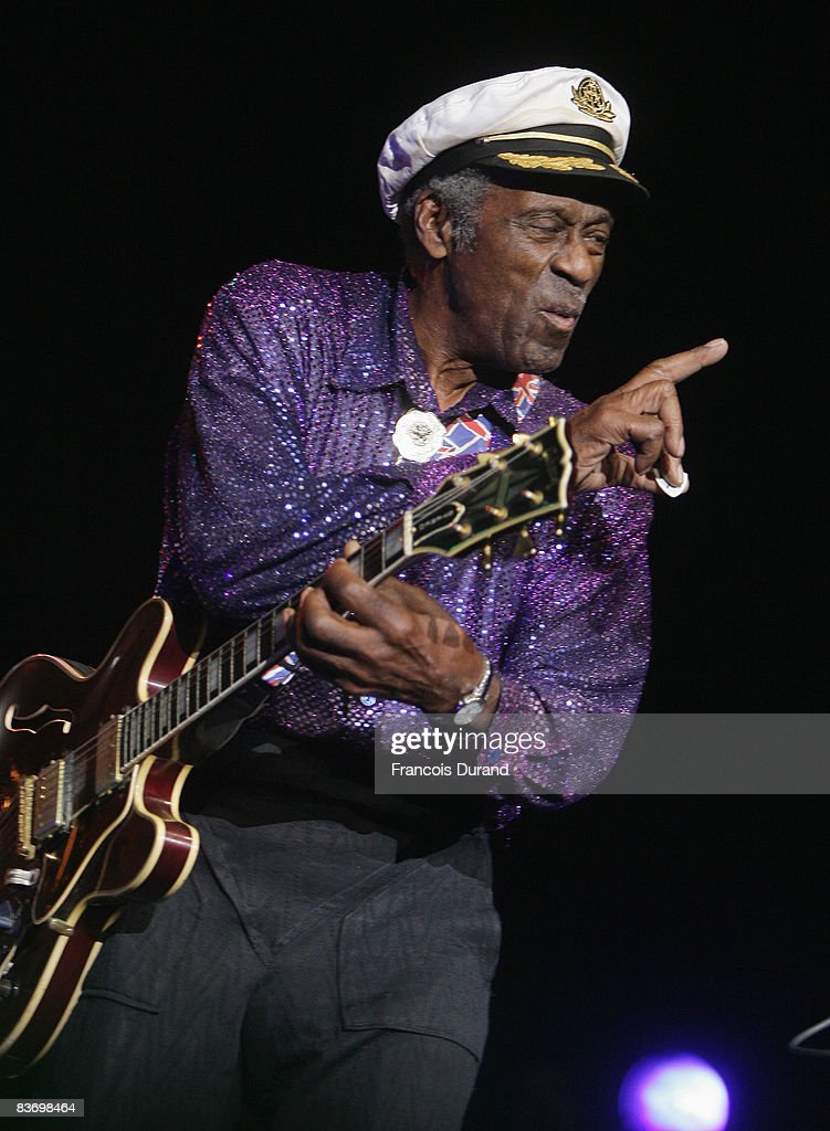 Singer Chuck Berry performs at the 'Les Legendes Du Rock and Roll' concert at the Zenith on November 14, 2008 in Paris, France.