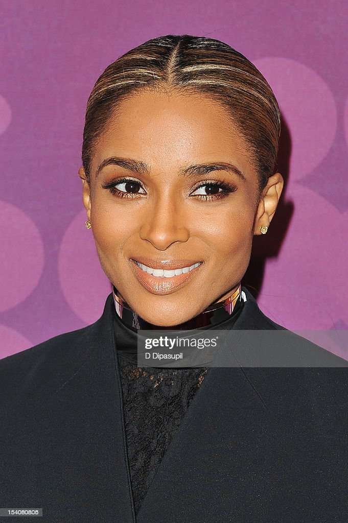 Singer Ciara attends BET's Black Girls Rock 2012 CHEVY Red Carpet at Paradise Theater on October 13, 2012 in New York City.