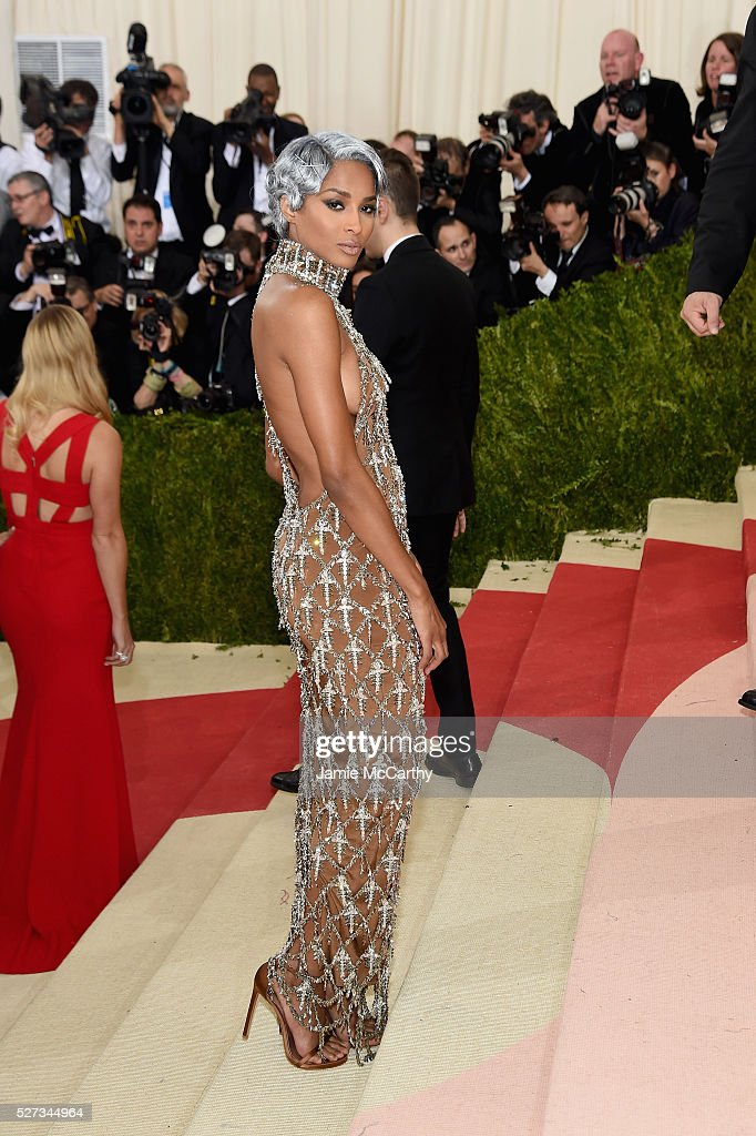 Singer Ciara attends the 'Manus x Machina: Fashion In An Age Of Technology' Costume Institute Gala at Metropolitan Museum of Art on May 2, 2016 in New York City.