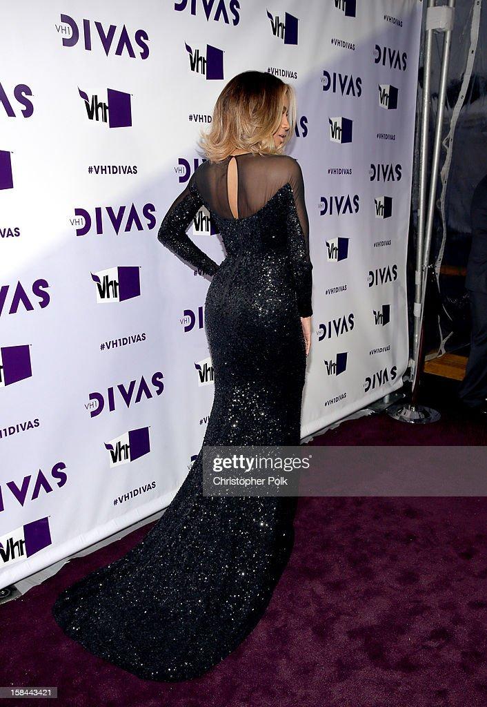 Singer Ciara (fashion detail) attends 'VH1 Divas' 2012 at The Shrine Auditorium on December 16, 2012 in Los Angeles, California.
