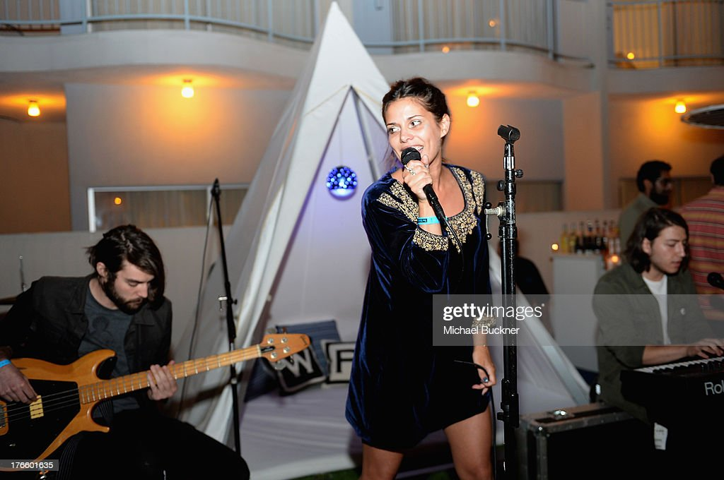 Singer Cillie Barnes performs onstage at Warby Parker's store opening in The Standard, Hollywood on August 15, 2013 in Los Angeles, California.