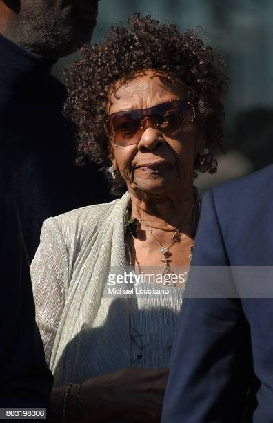 Singer Cissy Houston attends the Grammy Museum Experience Prudential Center RibbonCutting Ceremony at Prudential Center on October 19 2017 in Newark...