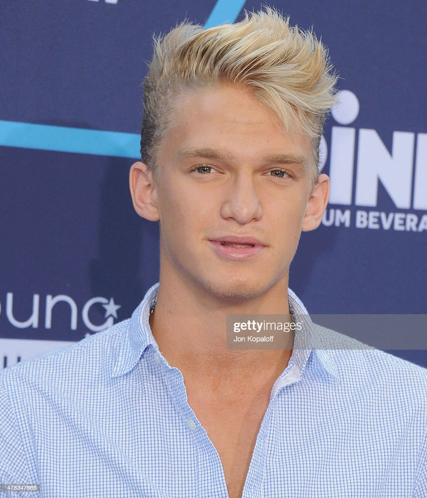 Singer <a gi-track='captionPersonalityLinkClicked' href=/galleries/search?phrase=Cody+Simpson&family=editorial&specificpeople=7068455 ng-click='$event.stopPropagation()'>Cody Simpson</a> arrives at the 16th Annual Young Hollywood Awards at The Wiltern on July 27, 2014 in Los Angeles, California.