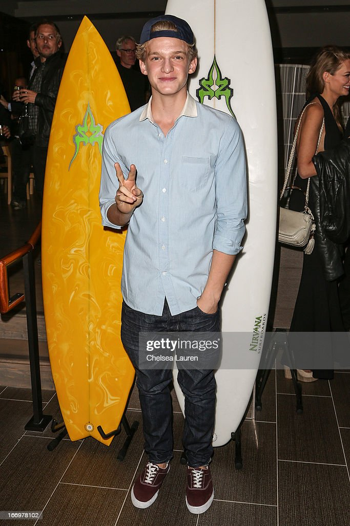 Singer <a gi-track='captionPersonalityLinkClicked' href=/galleries/search?phrase=Cody+Simpson&family=editorial&specificpeople=7068455 ng-click='$event.stopPropagation()'>Cody Simpson</a> arrives at the premiere of 'Isolated' at Equinox Sports Club West LA on April 18, 2013 in Los Angeles, California.