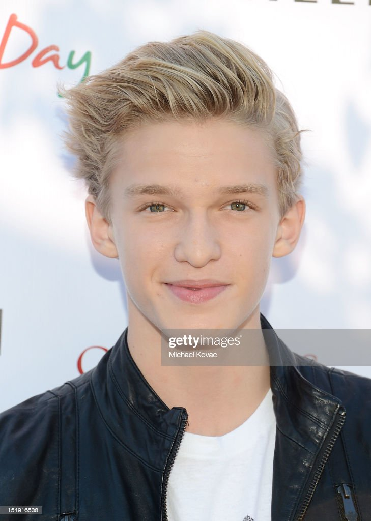 Singer <a gi-track='captionPersonalityLinkClicked' href=/galleries/search?phrase=Cody+Simpson&family=editorial&specificpeople=7068455 ng-click='$event.stopPropagation()'>Cody Simpson</a> arrives at The T.J. Martell Foundation 4th Annual Family Day LA on October 28, 2012 in Los Angeles, California.