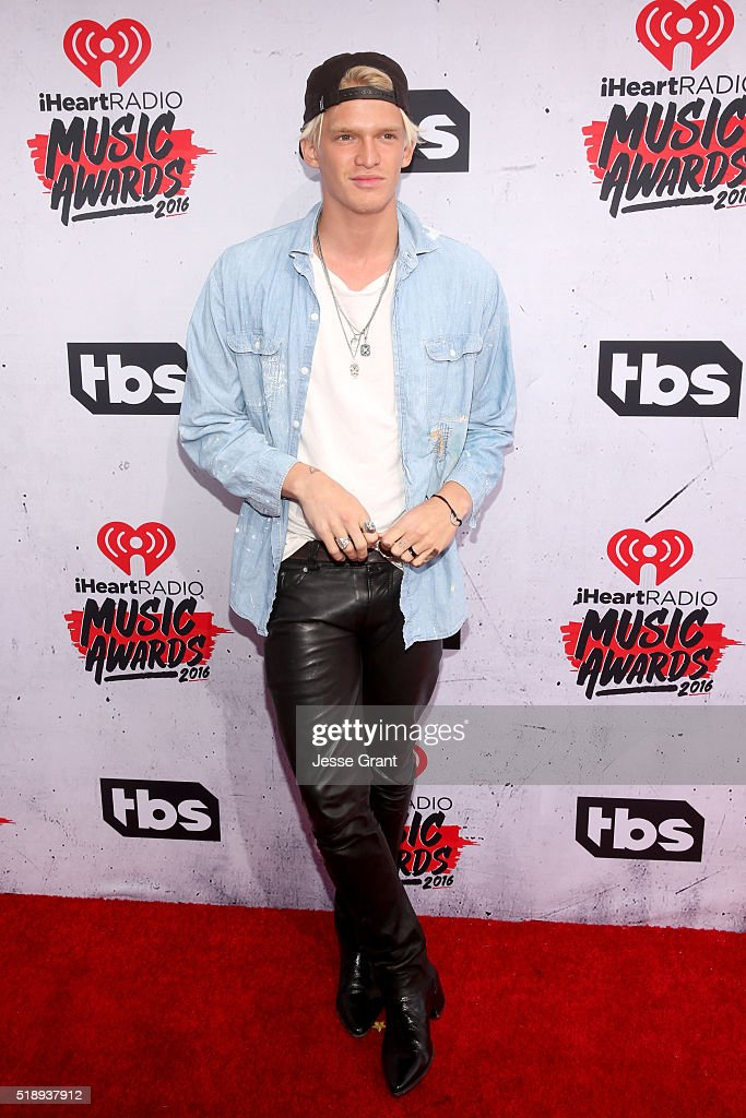 singer-cody-simpson-attends-the-iheartradio-music-awards-at-the-forum-picture-id518937912