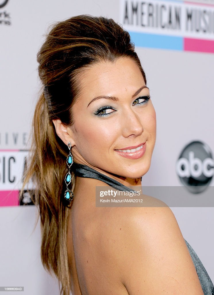 Singer Colbie Caillat attends the 40th American Music Awards held at Nokia Theatre L.A. Live on November 18, 2012 in Los Angeles, California.