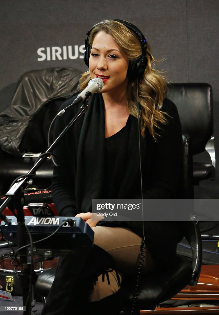Singer Colbie Caillat performs at the SiriusXM Studios on November 20, 2012 in New York City.