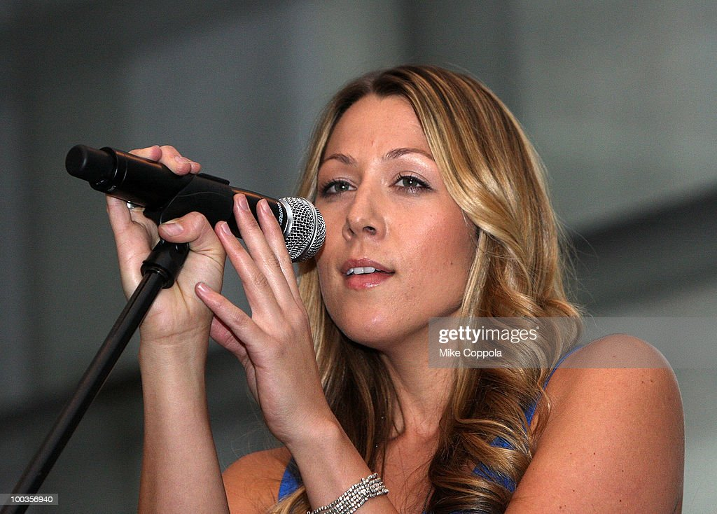 Singer Colbie Caillat performs at the VH1 Save The Music Foundation Summer Kick-Off Party benefit at the W Hoboken on May 23, 2010 in Hoboken, New Jersey.