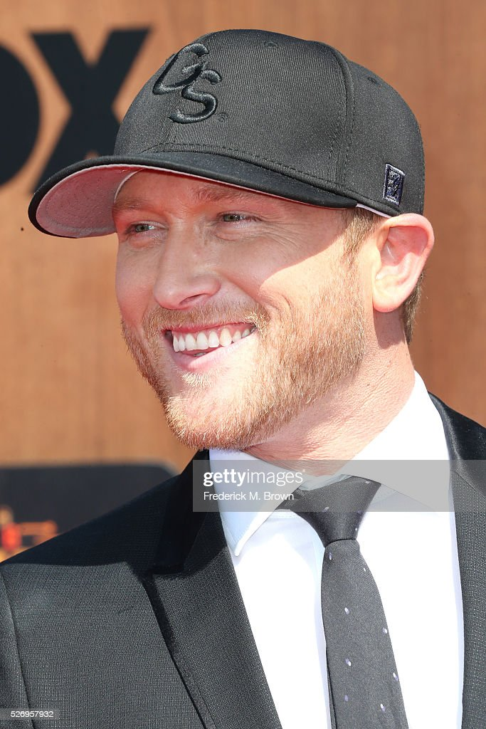 Singer Cole Swindell attends the 2016 American Country Countdown Awards at The Forum on May 1, 2016 in Inglewood, California.