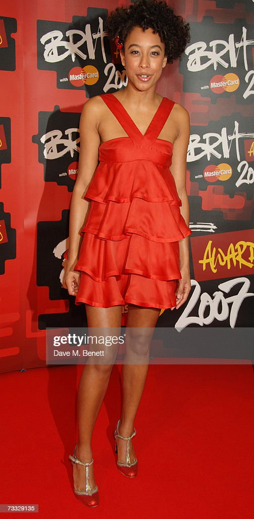Singer Corinne Bailey Rae arrives at the BRIT Awards 2007 in association with MasterCard, at Earls Court 1 on February 14, 2007 in London, England.