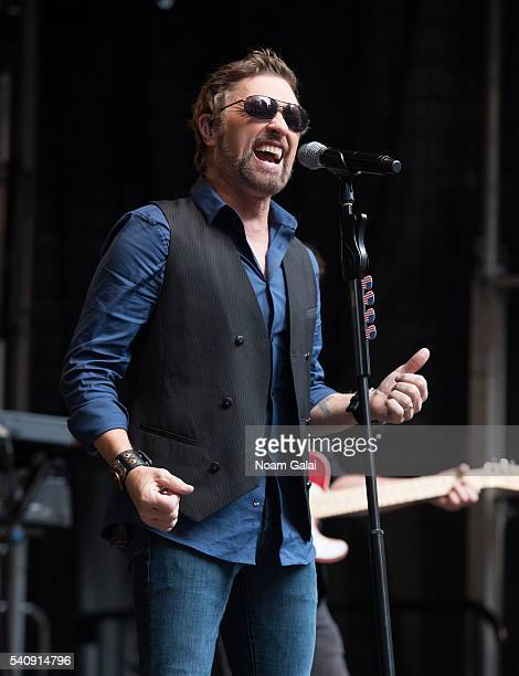 Singer Craig Morgan performs during 'FOX Friends' All American Concert Series outside of FOX Studios on June 17 2016 in New York City