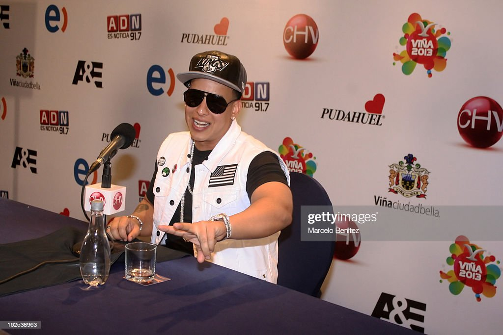 Singer <a gi-track='captionPersonalityLinkClicked' href=/galleries/search?phrase=Daddy+Yankee&family=editorial&specificpeople=211185 ng-click='$event.stopPropagation()'>Daddy Yankee</a> smiles during a press conference as part of the International Song Festival of Viña del Mar at Sheraton Hotel on February 24, 2013 in Viña del Mar, Chile.