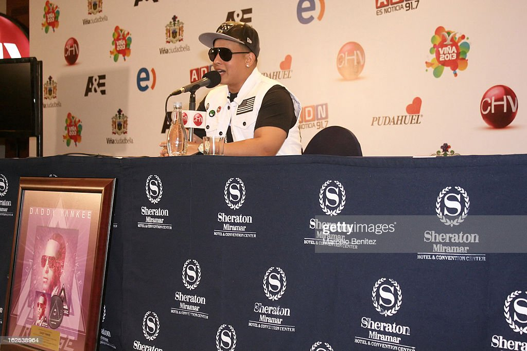 Singer <a gi-track='captionPersonalityLinkClicked' href=/galleries/search?phrase=Daddy+Yankee&family=editorial&specificpeople=211185 ng-click='$event.stopPropagation()'>Daddy Yankee</a> speaks during a press conference as part of the International Song Festival of Viña del Mar at Sheraton Hotel on February 24, 2013 in Viña del Mar, Chile.