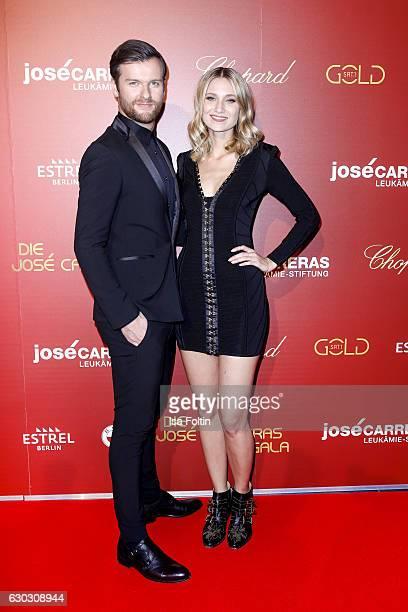 Singer Daniel Grunenberg and singer Carolin Niemczyk of Glasperlenspiel attend the 22th Annual Jose Carreras Gala on December 14 2016 in Berlin...
