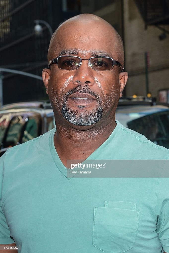 Singer <a gi-track='captionPersonalityLinkClicked' href=/galleries/search?phrase=Darius+Rucker&family=editorial&specificpeople=215161 ng-click='$event.stopPropagation()'>Darius Rucker</a> leaves the 'Late Show With David Letterman' taping at the Ed Sullivan Theater on July 10, 2013 in New York City.