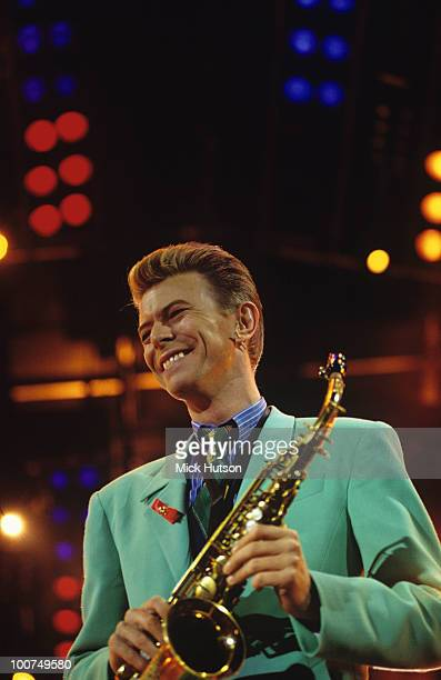 Singer David Bowie performs on stage during the Freddie Mercury tribute concert held at Wembley Stadium in London England on April 22 1992