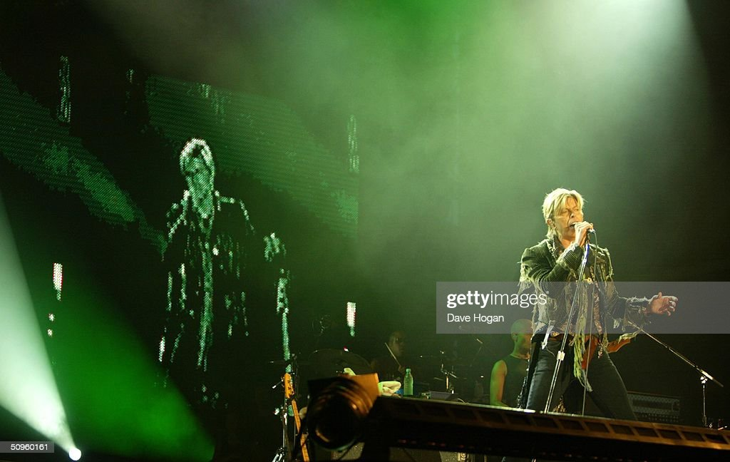 Singer David Bowie performs on stage on the third and final day of 'The Nokia Isle of Wight Festival 2004' at Seaclose Park on June 13, 2004 in Newport, Isle of Wight, UK. The third annual rock festival takes place during the Isle of Wight Festival which runs from June 4-19.