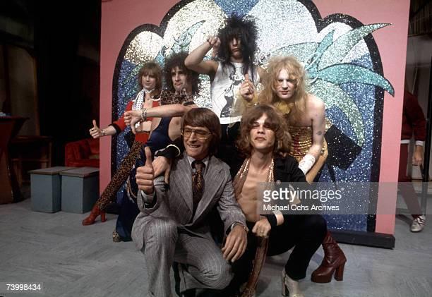 Singer David Johansen guitarist Johnny Thunders drummer Jerry Nolan bassist Arthur Kane and musician Sylvain Sylvain of the rock and roll group 'The...