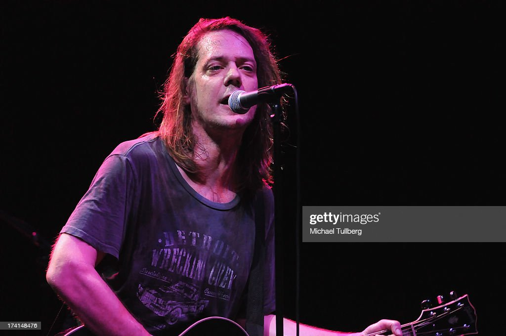 The LP Tour Featuring Big Head Todd & The Monsters, Soul Asylum, The Wailers And Matthew Sweet