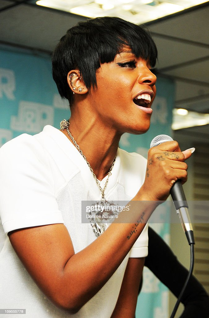 Singer <a gi-track='captionPersonalityLinkClicked' href=/galleries/search?phrase=Dawn+Richard&family=editorial&specificpeople=570573 ng-click='$event.stopPropagation()'>Dawn Richard</a> promotes 'Goldenheart' at J&R Music World on January 15, 2013 in New York City.