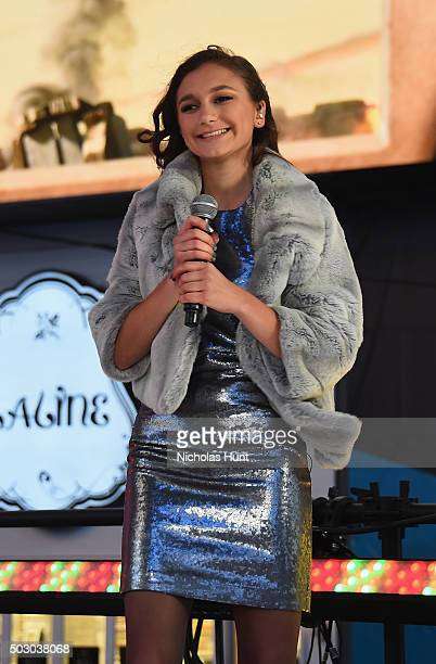 Singer Daya performs on stage at New Year's Eve 2016 In Times Square at Times Square on December 31 2015 in New York City