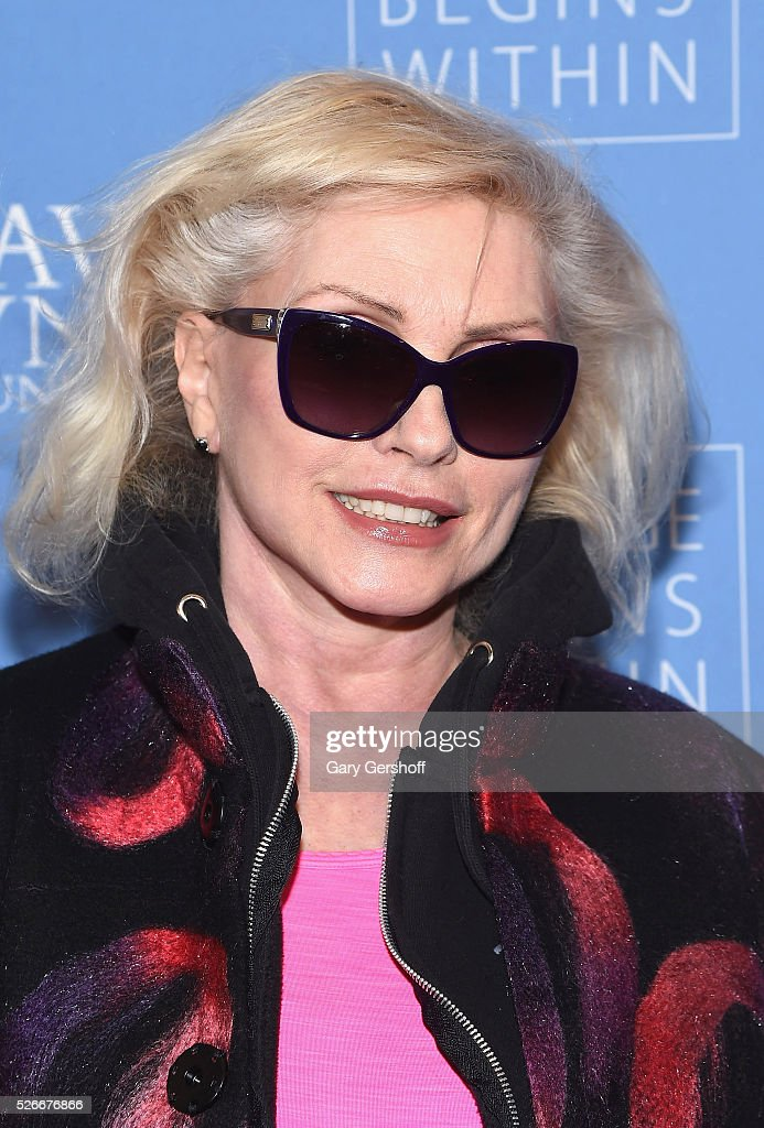 Singer <a gi-track='captionPersonalityLinkClicked' href=/galleries/search?phrase=Debbie+Harry&family=editorial&specificpeople=209145 ng-click='$event.stopPropagation()'>Debbie Harry</a> attends 'An Amazing Night of Comedy: A David Lynch Foundation Benefit for Veterans with PTSD' on April 30, 2016 in New York City.