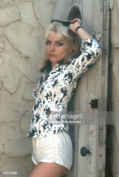 Singer Debbie Harry of the New Wave pop group 'Blondie' pose poses for a portrait session in 1979 in Los Angeles California