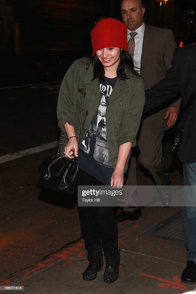 Singer <a gi-track='captionPersonalityLinkClicked' href=/galleries/search?phrase=Demi+Lovato&family=editorial&specificpeople=4897002 ng-click='$event.stopPropagation()'>Demi Lovato</a> arrives at 'Good Morning America' at GMA Studios on April 10, 2013 in New York City.