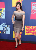 Singer Demi Lovato arrives at the 2008 MTV Video Music Awards at Paramount Pictures Studios on September 7 2008 in Los Angeles California