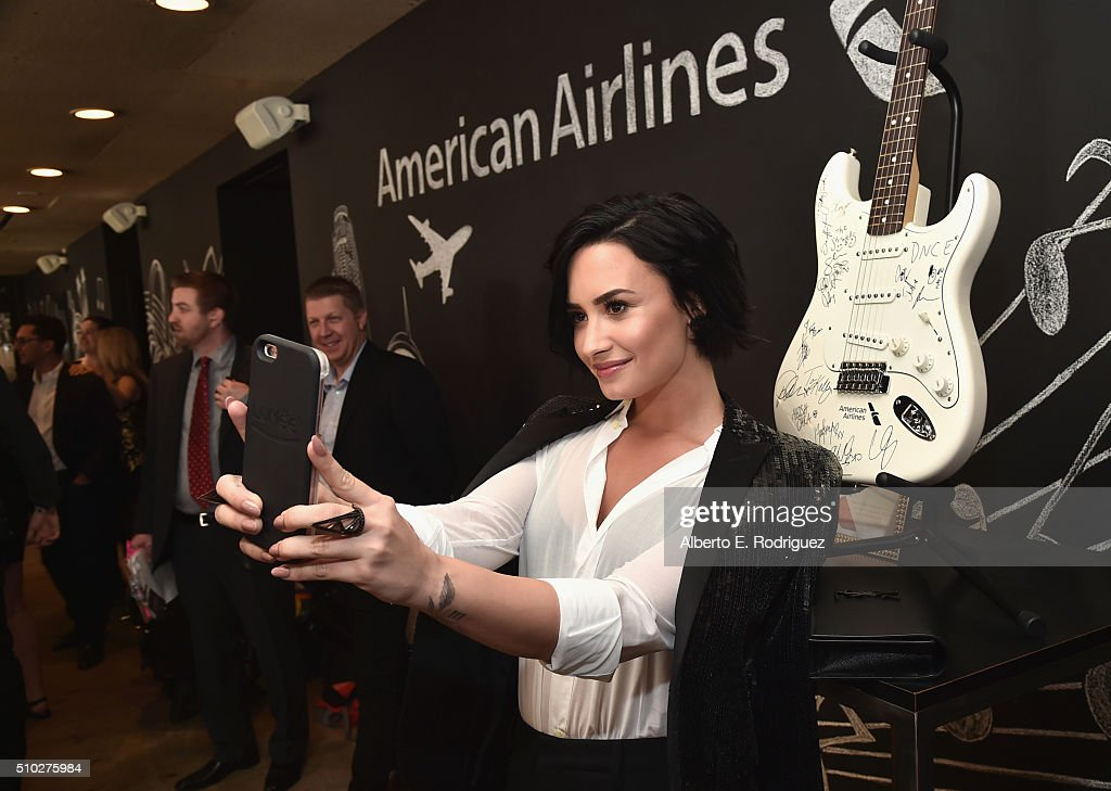 Singer <a gi-track='captionPersonalityLinkClicked' href=/galleries/search?phrase=Demi+Lovato&family=editorial&specificpeople=4897002 ng-click='$event.stopPropagation()'>Demi Lovato</a> attends Lucian Grainge's 2016 Artist Showcase Presented by American Airlines and Citi at The Theatre at Ace Hotel Downtown LA on February 14, 2016 in Los Angeles, California.