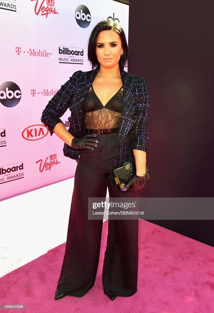 singer-demi-lovato-attends-the-2016-billboard-music-awards-at-tmobile-picture-id533542358